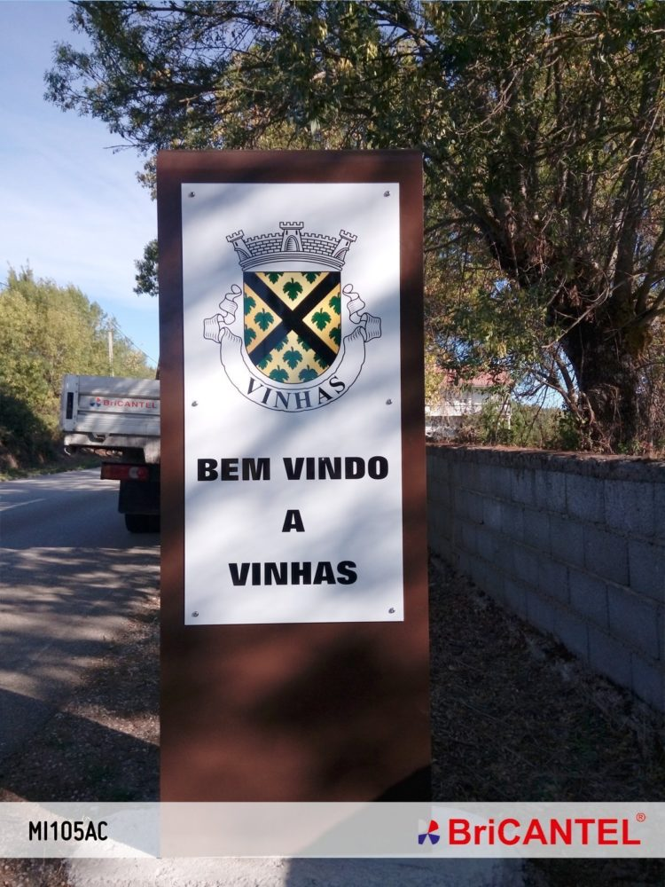 Vinhas e Castro Roupal